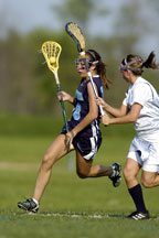 women lacrosse players
